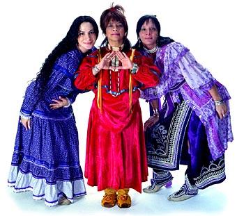 Women's acapella group Ulali