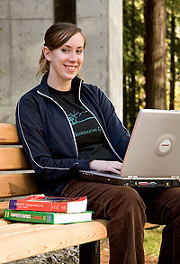 Photo: Student with laptop