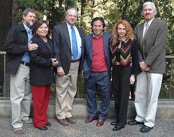 Photo of group with Alejandro Toledo